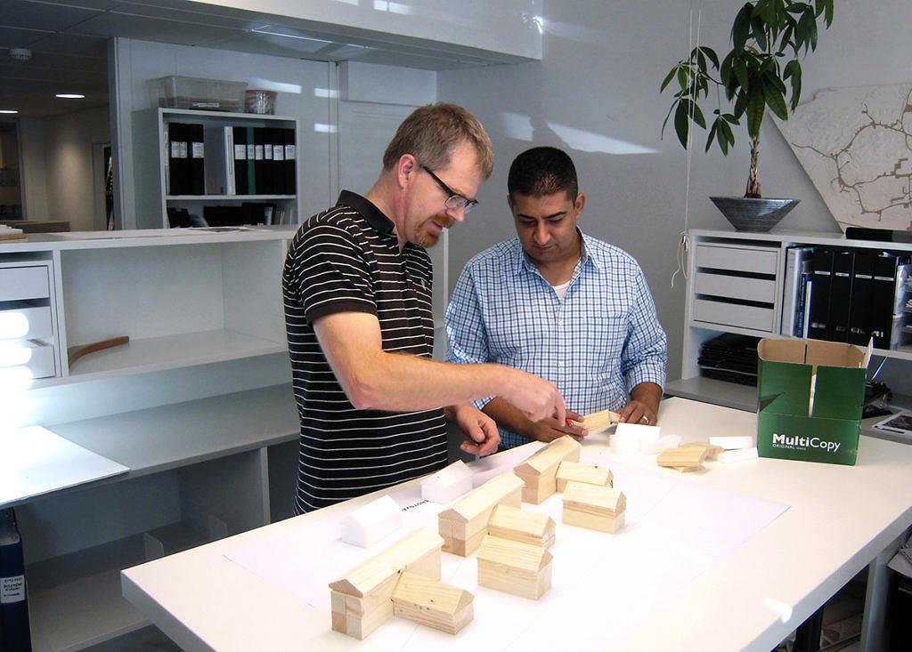 Jonas Haglund och kollegan Waseem Alnimeh började tillsammans titta på lösningar för mobila bostäder.